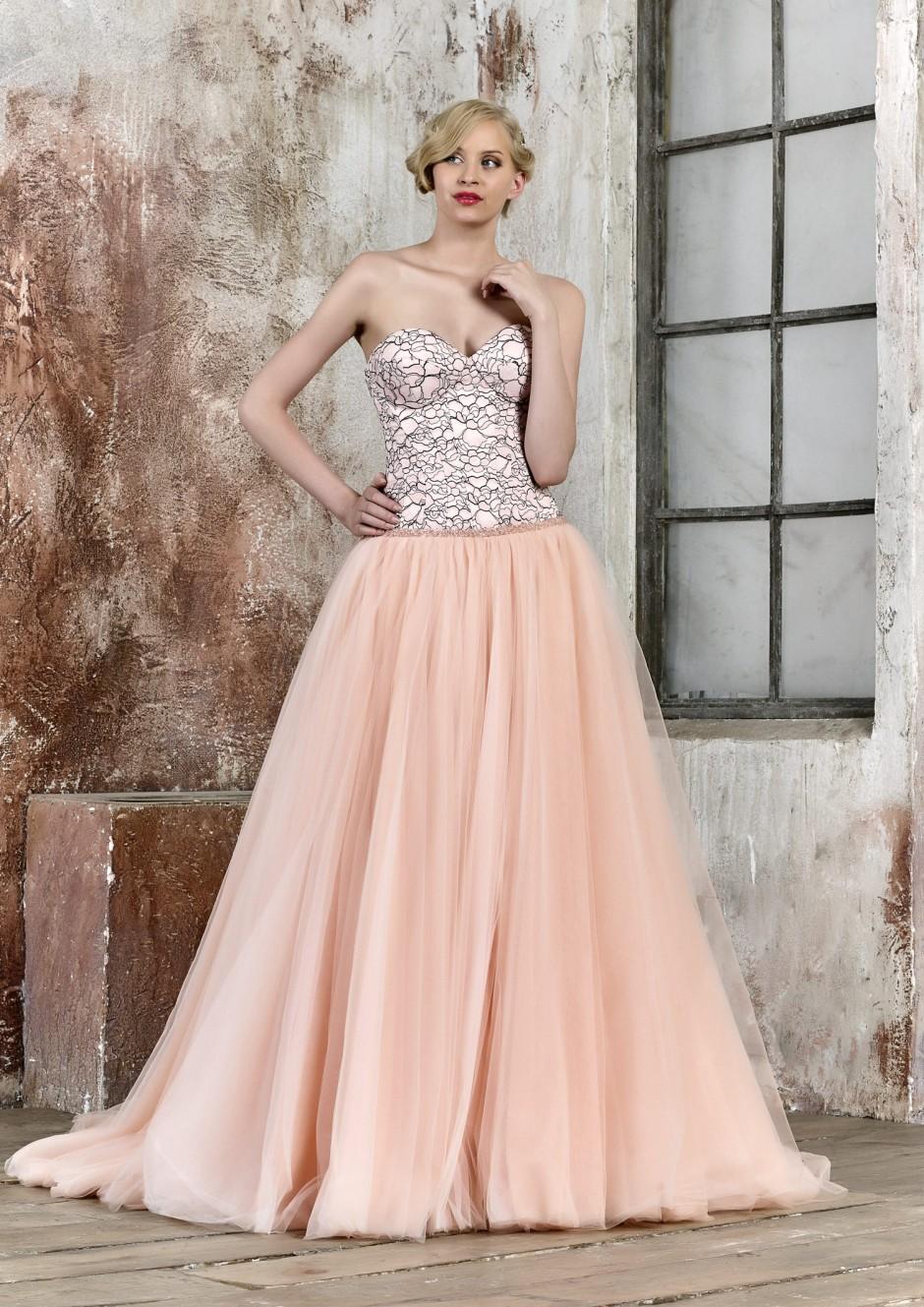 Vestidos de novia 2018 - María Salas - Maria Salas Novias S.L.